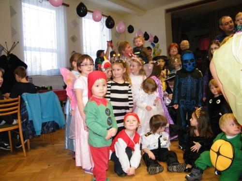 Dětský maškarní bál 2013